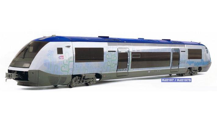 Autorail X73500, lirée   Pau-Canfranc   région Aquitaine