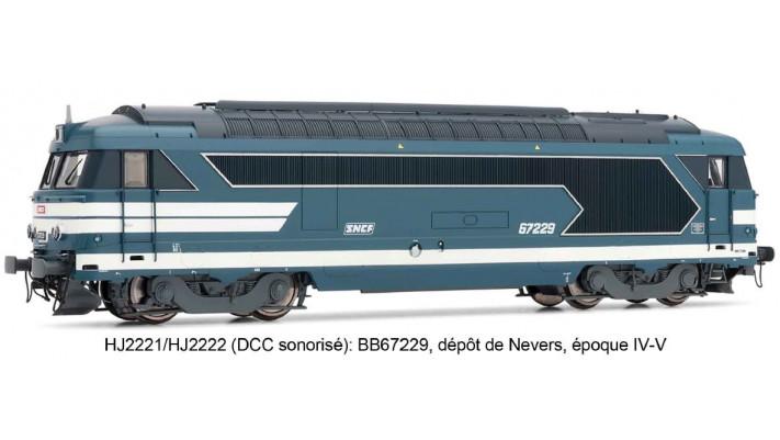 Locomotive Diesel BB 67235 livrée bleue - SNCF SONORISEE #