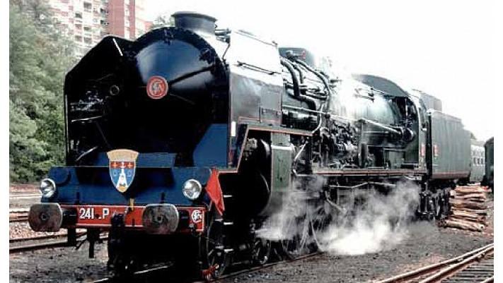 Locomotive à vapeur 241, tender 34 P, époque IIIc #