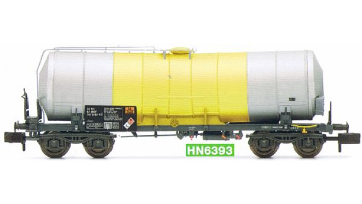 SNCF, 4-axle isolated tank wagon, grey/yellow  , for the transport of