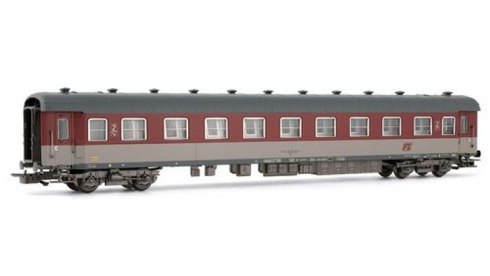 """Voiture voyageur type 1959 , 2nd classe, livrée""""Grigio - Rosso Fegat"""