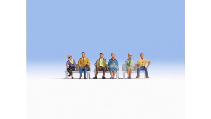 Gens assis