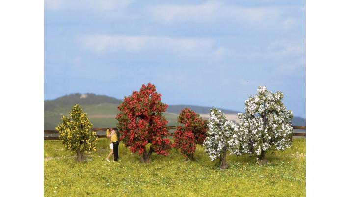 Arbustes, en fleurs