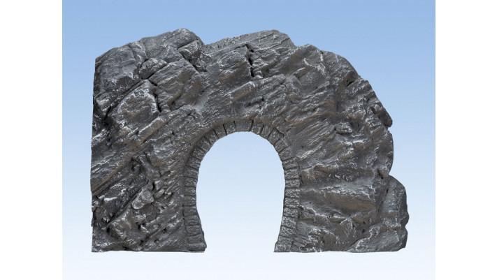 Entrée de tunnel rocheuse Dolomite, 23,5 x 17 cm