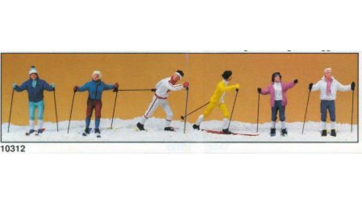 skieurs de ski de fond
