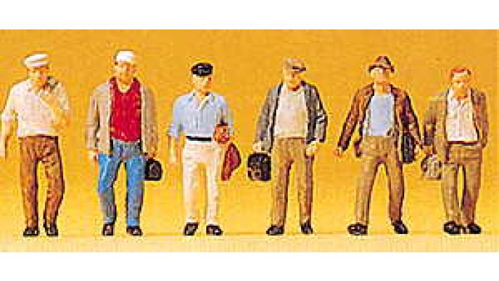 ouvriers retour vers la gare