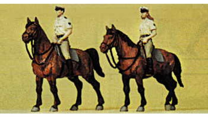 police à cheval uniforme d'ete