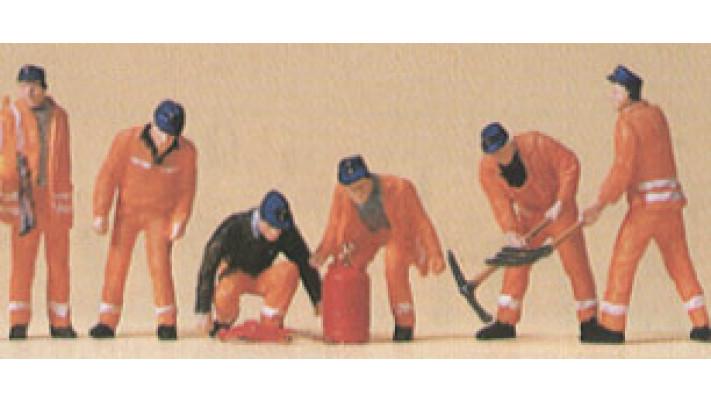 équipe de construction de voies