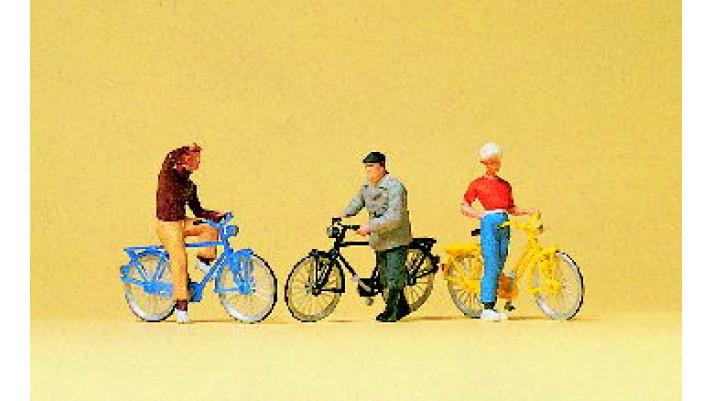 cyclistes à une intersection