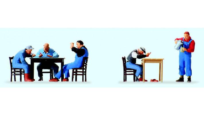 pause des cheminots (tables et chaises incluses)