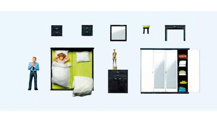 couple au lever , mobilier de chambre#