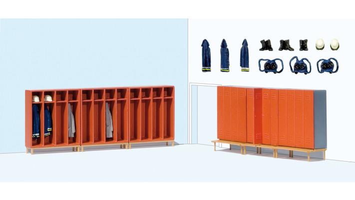 6 coffres pour pompiers , accessoires peints, modèle monté#