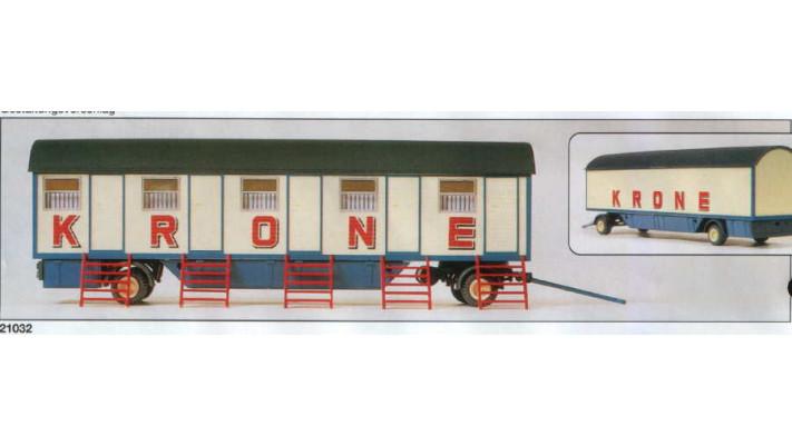 caravane ''cirque krone'' à 5 compartiments