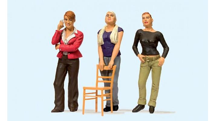 trois jeunes filles