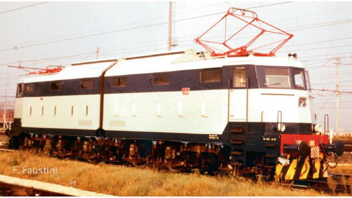 LOCO E 136 FS
