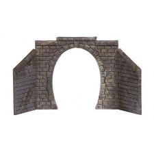 Entrée de tunnel, à une voie