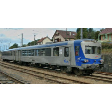 SNCF, EAD 2-unit railcar X 4500, green livery