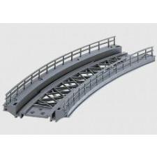 Pont en courbe R1  voie K. r 360 mm