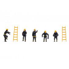 Pompiers (vêtements de sécurité noirs)