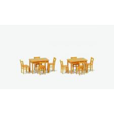 2 tables et 8 chaises bois naturel
