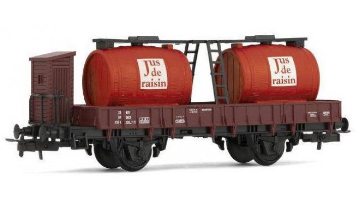 Wagon à bi foudres pour jus de raisin