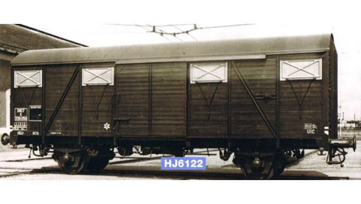 Wagon couvert G4 à frises, époque III #