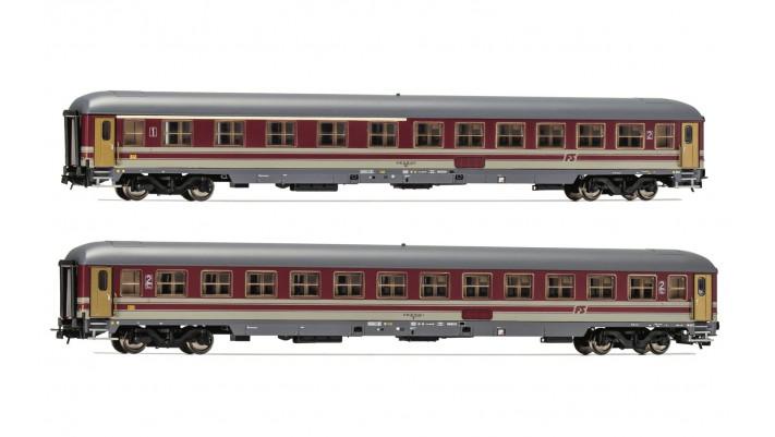 Set x 2 coaches UIC-X, 1st/2nd class + 1st class