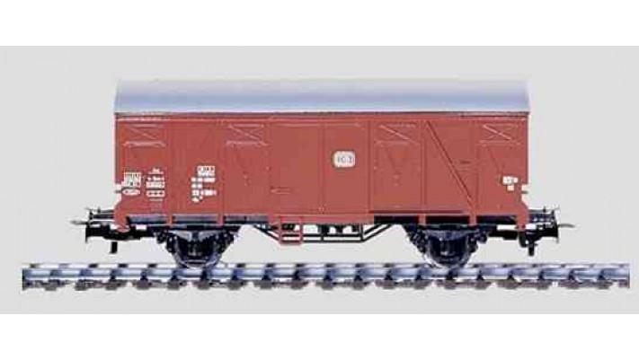 Wagon fermé DB
