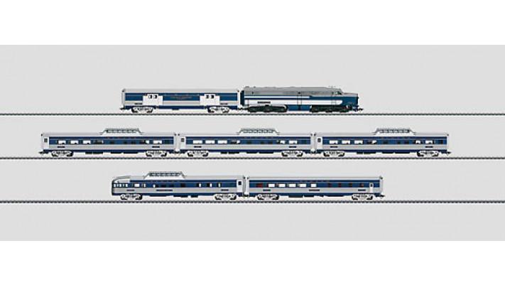 Train voyageur « Blue Bird ».