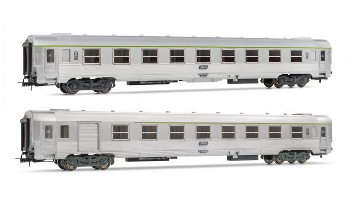 Set of 1 B6 1/2 Dtj + 1 B8 1/2tj period IVb coaches