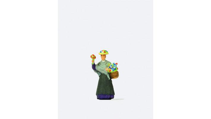 femme avec panier à fleurs
