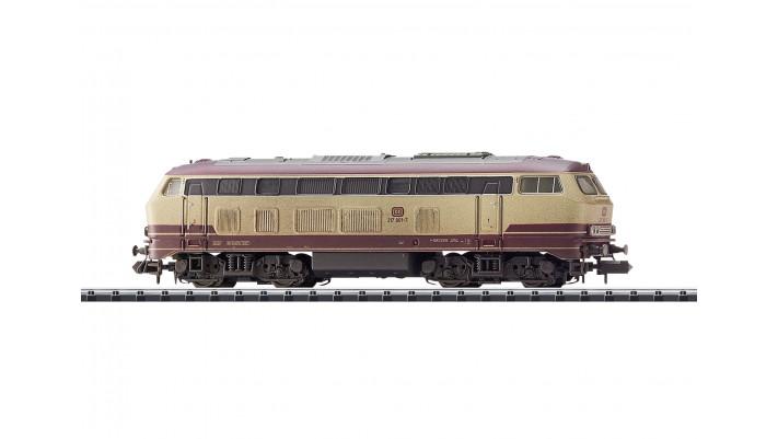 Locomotive diesel 217 001 - 7  DB AG  époqueV  -  (automne17)